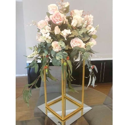 Gold Stand centrepiece hq for hire